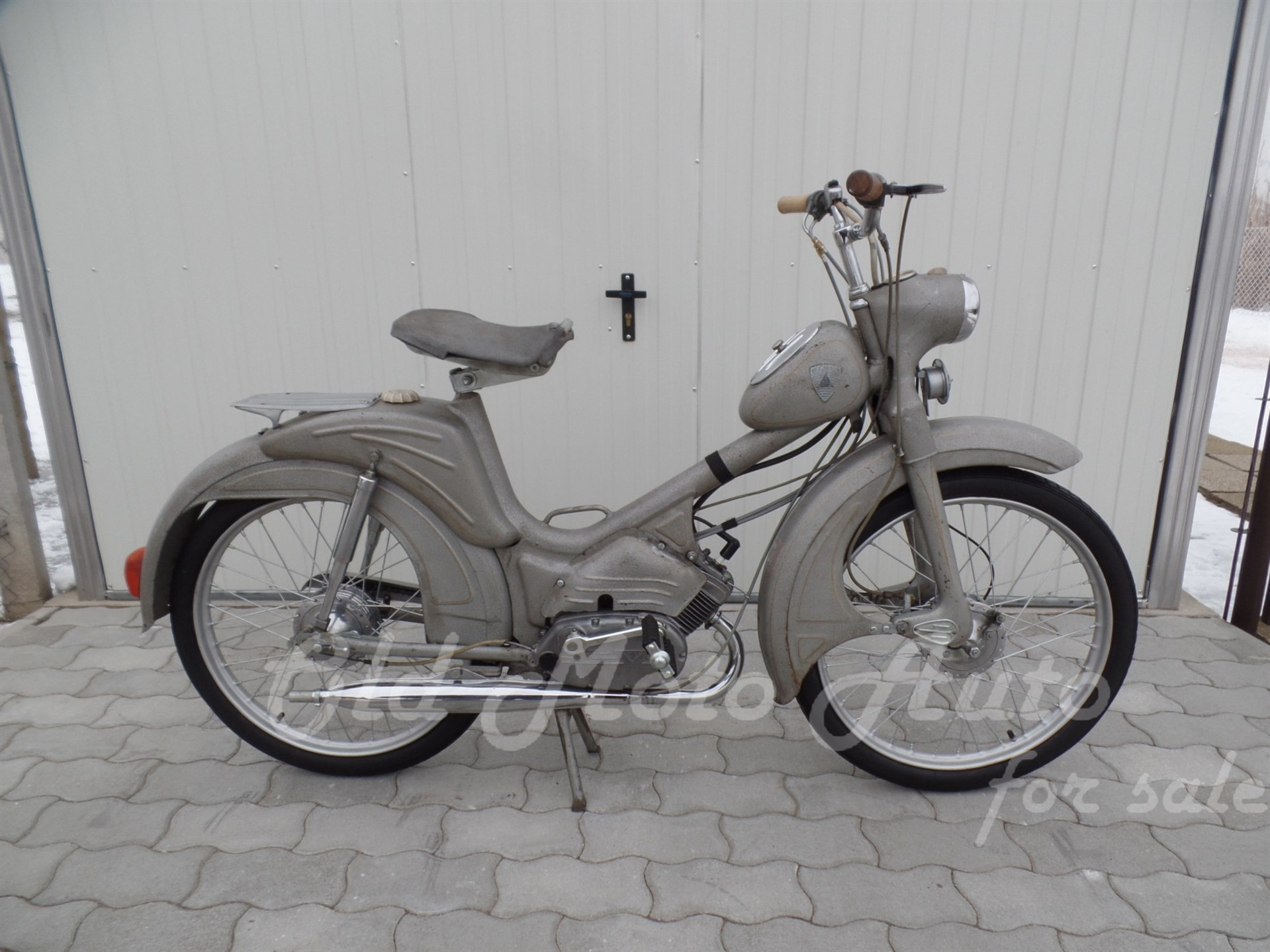 Berva Moped