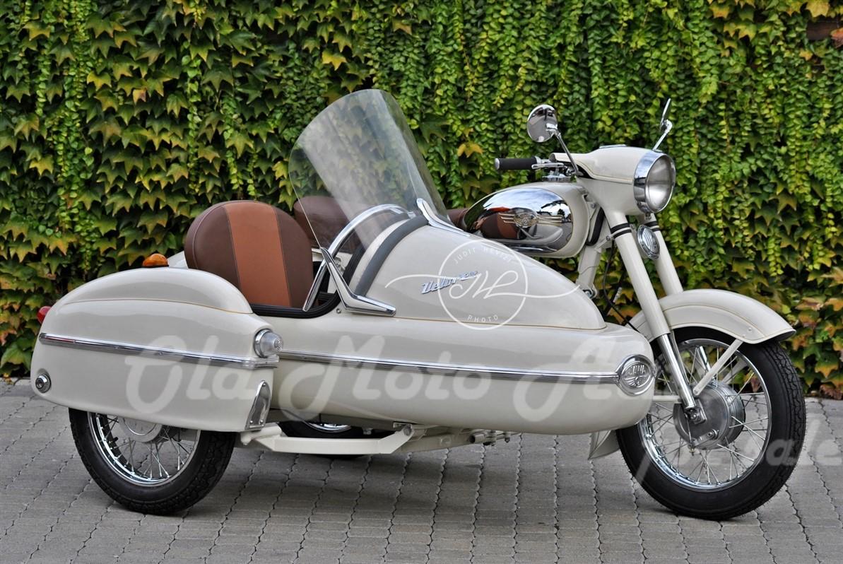 Jawa 350/360 + Velorex oldalkocsi